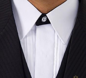 acessorio-de-casamento-byIvanaBeaumond-modelo-camisa-san-marino
