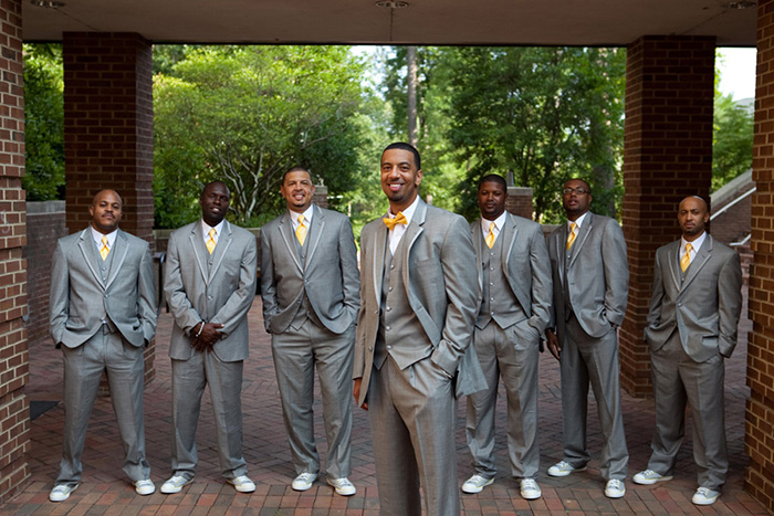 8-Cores-para-você-escolher-a-gravata-dos-padrinhos