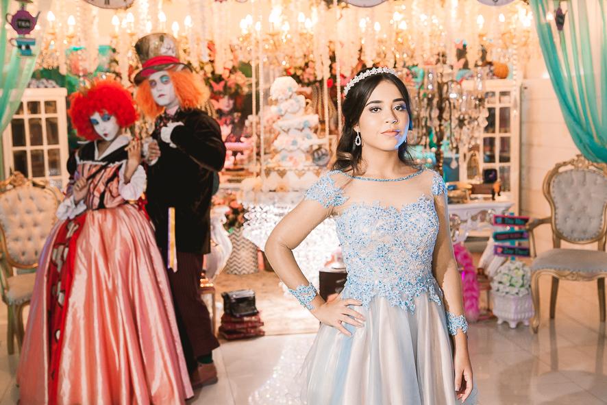 2598daf424cc ... 15anos-vestido-debutante-vestido15anos-exclusivo-festa-de-debutante-yasmin_blog-IvanaBeaumond-32.jpg  ...