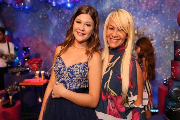 festa-de-NikkiMeneghel_sobrinha-de-xuxameneghel-comemora-seus13anos_blog-IvanaBeaumond-1
