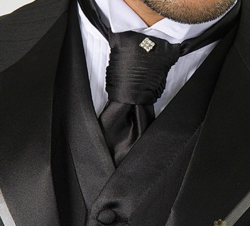 acessorio-de-casamento-byIvanaBeaumond-modelo-plastron-italiano