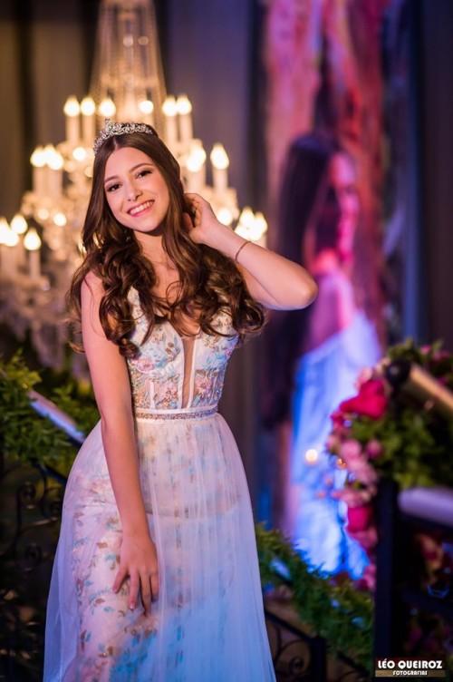 Gabi Debutante vestido de 15 anos rj atelier ivana beaumond paris (13)